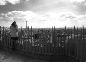en lo alto del Arco del Triunfo